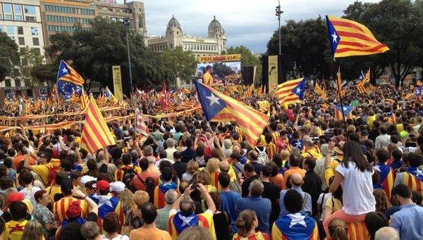 asi se ha vivido la via catala Del cortijo de Rajoy a la masía de Mas: las mismas políticas con diferentes rostros